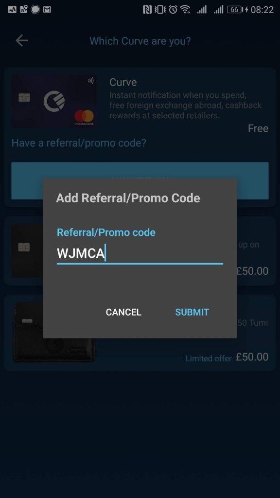 Danach wird der Promo Code eingegeben und erhält so 5 britische Pfund als Erstgutschrift. Das sind umgerechnet 5-6 Euro die später beim ersten Einsatz der Curve Card sogleich wieder ausgegeben werden können.
